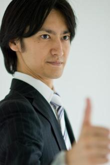 セルフイメージコンサルタント 岡崎哲也心のブレーキを60分で外しセルフイメージを高め、あなたのビジネスを加速させるサポートします